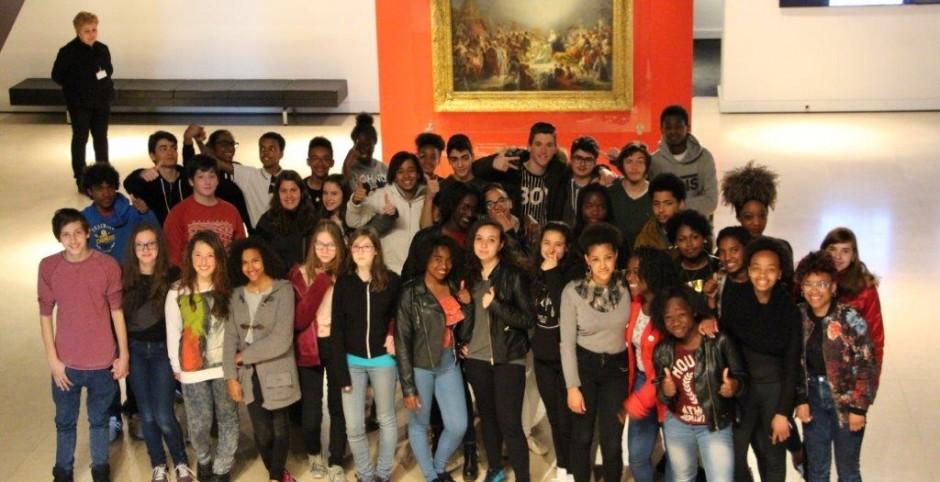 300 alunos EPIS foram conhecer